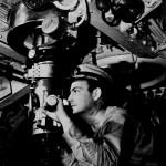 潜水艦乗りの過酷な戦い(3):敵を見つけるための各種装備、音・電波・光を駆使した海の偵察
